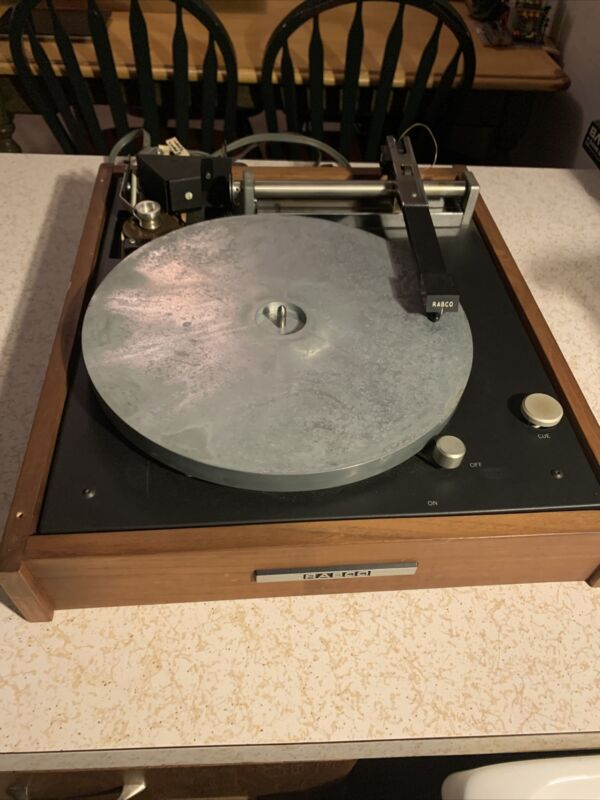Ultra Rare Rabco ST-4 Straight Line Turntable As-is, Offers Welcomed.