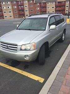 2001 Toyota Highlander 4wd low kms!