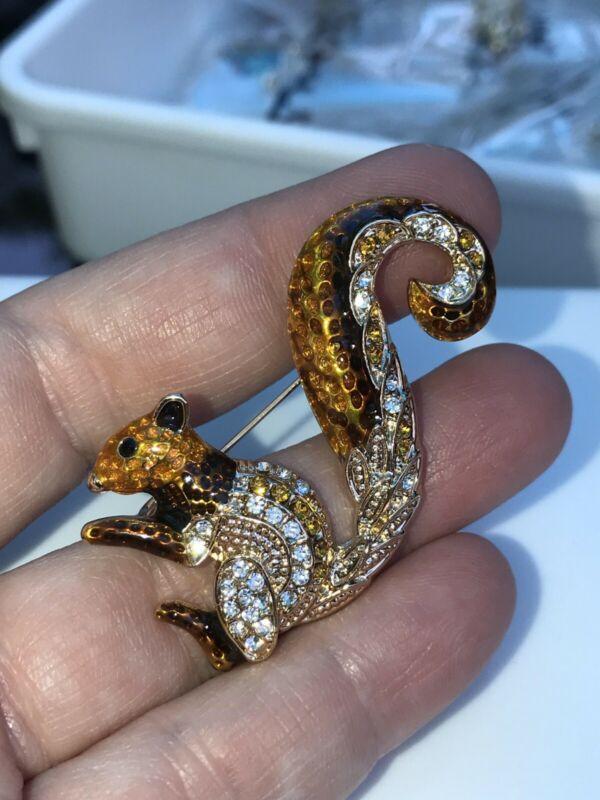 Squirrel Crystals Brown Vintage Gold Pin Brooch D-3611