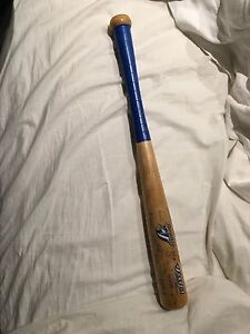 2005 toronto blue jays mini bat w/ signatures