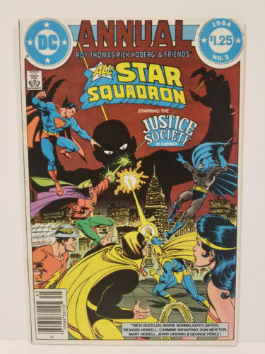 All-Star Squadron Annual # 3, Signed by Roy Thomas! (DC 1984)