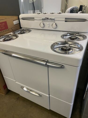 """1950 Retro Maytag Dutch Oven Gas Stove Vintage 40"""" Wide White w/ Broiler Working"""