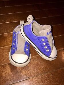 Toddler size 6 Converse shoes