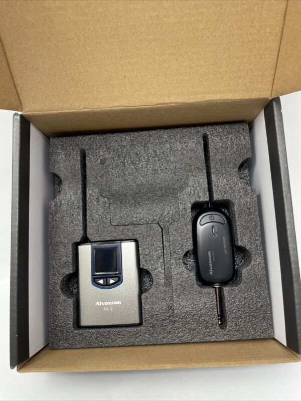 Alvoxcon TG 2 Wireless UHF Lavalier Microphone for Video