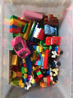Duplo bulk mixture Inc. Lightning McQueen