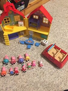 Peppa pig set NEW