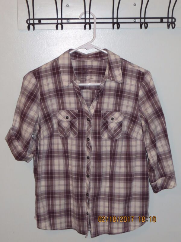 Sonoma Ladies Petite Medium Plaid Western Cut Shirt