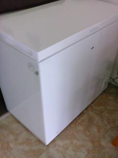 Bar fridge and chest freezer