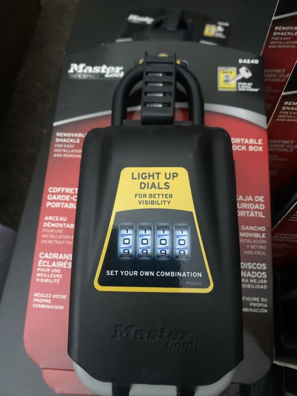 Master Lock Portable Lock Box #5424D with Light Up Dial BRAND NEW !!!!