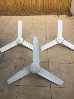 3x Ceiling Fans