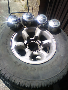 Size 15 4x4 rims and tyres still legal Browns Plains Logan Area Preview