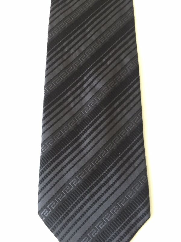 Gianni Versace Mens Silk Tie Made In Italy 100% Silk