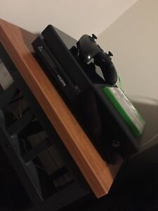 Selling Xbox One 500Gb W/ NFS No Limits