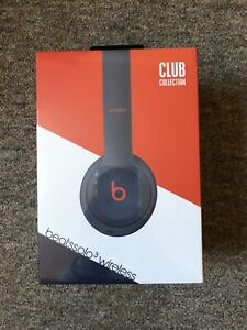 Beats Solo 3 BNIB (Club Collection) - Navy