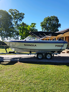 19 ft bow rider fishing ski boat Merrimac Gold Coast City Preview