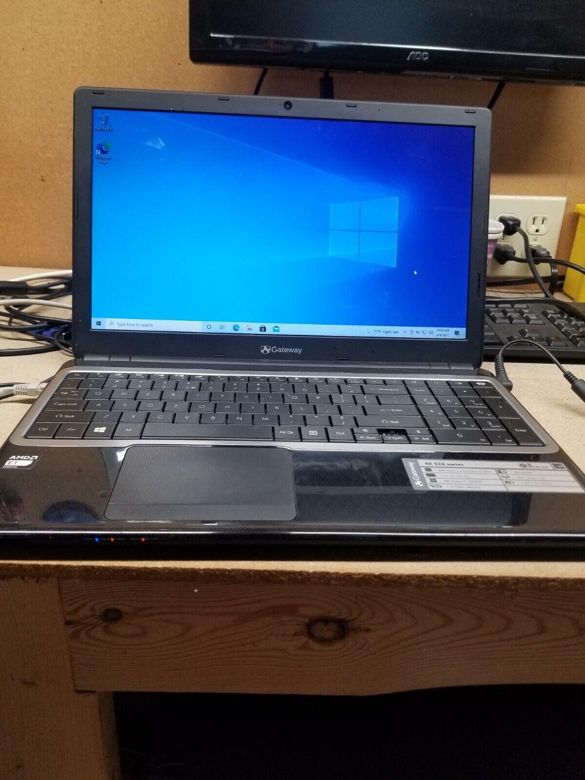 """Laptop Windows - Gateway NE52203u15.6"""" AMD E1-2500 @ 1.40GHz 4GB RAM 250GB HDD Windows 10 Home"""