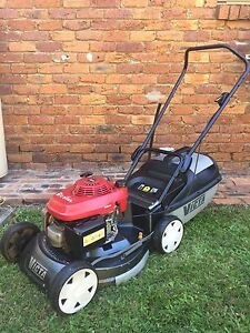 brisbane region qld lawn mowers gumtree australia  local classifieds