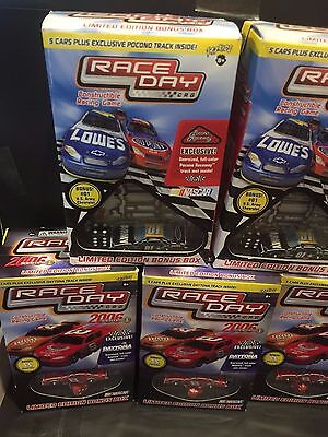 LOT of ( 5 ) 2005 Nascar Race Day CRG Constructable Racing Game SEALED Packs W@W