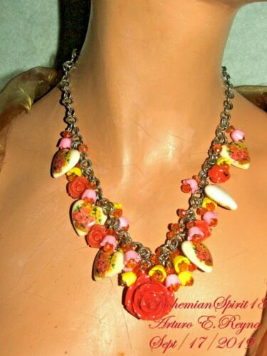 Vintage ROSES & HEARTS Charms Buttercup Czech glass beads Handmade Necklace