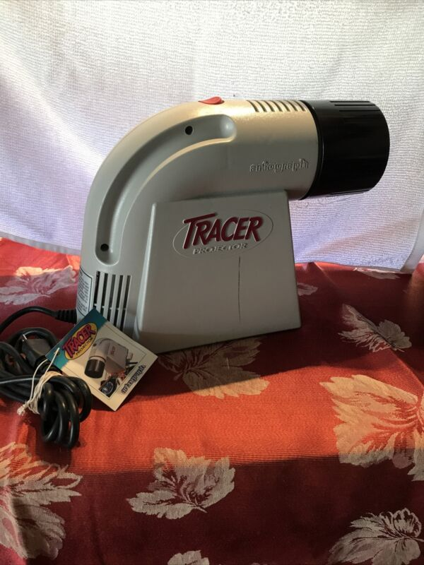 Artograph 225-360 Tracer Projector and Enlarger. Only Used 1 Time