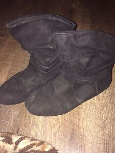 Boots - Size 9 Woman's/Girls