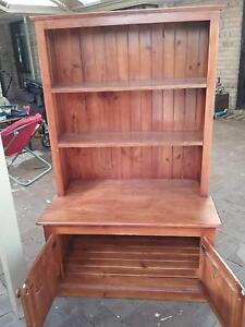Wooden bookshelf Cardup Serpentine Area Preview