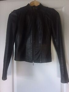Fitted Danier Leather Jacket-Size 3XS