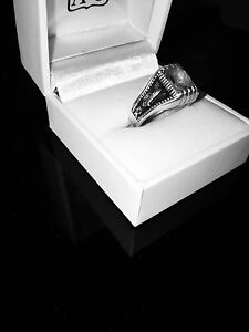 Vintage Diamond & Silver Ring Alexander Heights Wanneroo Area Preview