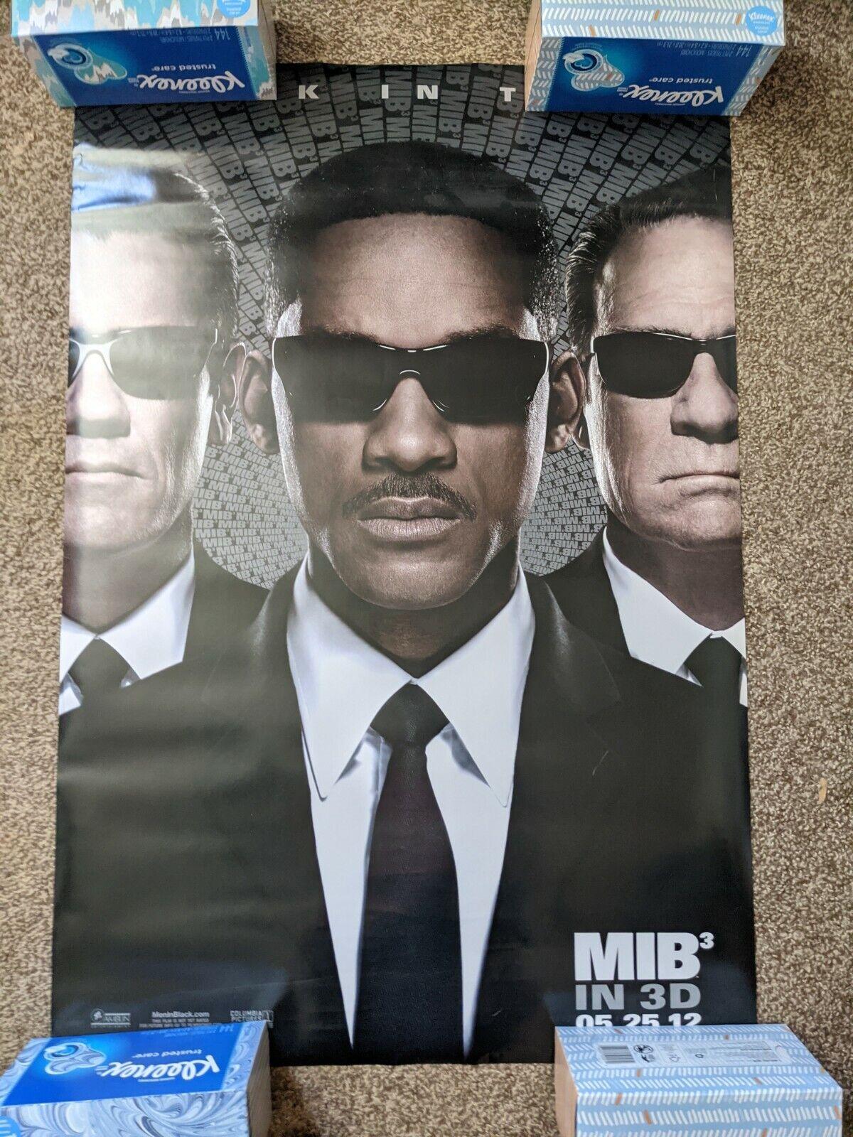Men In Black 3 Original Movie Poster Featuring Will Smith Tommy Lee Jones MIB3 - $0.99