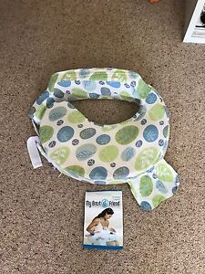 My Brest Friend breastfeeding pillow Fingal Bay Port Stephens Area Preview