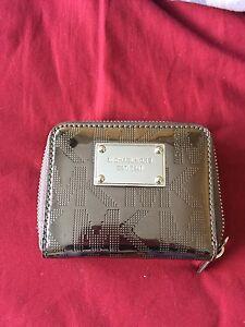 Genuine Michael Kors wallet!