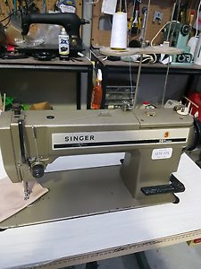 Singer 591 industrial sewing machine. Carrum Downs Frankston Area Preview