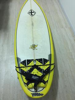 Xanadu pig 2 surfboard 6'4