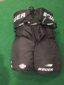 Bauer Men's Hockey Pants XL - Burlington