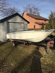 Selling 16 foot fibreglass boat