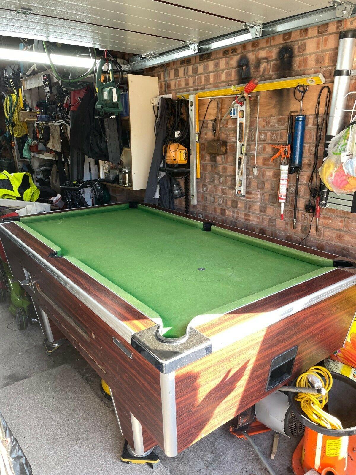 Full size slate bed pub pool table