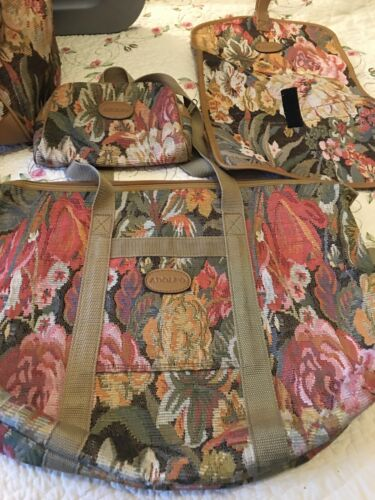 Adolfo 4 Piece Luggage Set Reduced - $18.77