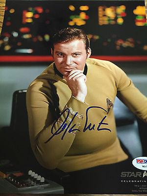 Autographed William Shatner 8 10 Photo Psa Star Trek Captain Kirk Hand On Chin