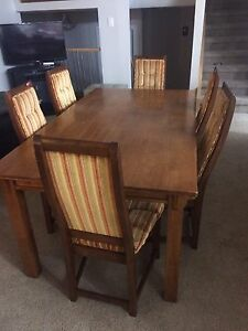 Wood dining table with for sale 150$