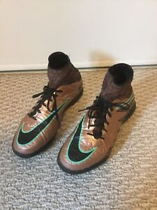 Nike soccer indoors, size size 6.5