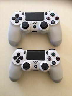 Playstation 4 Controllers