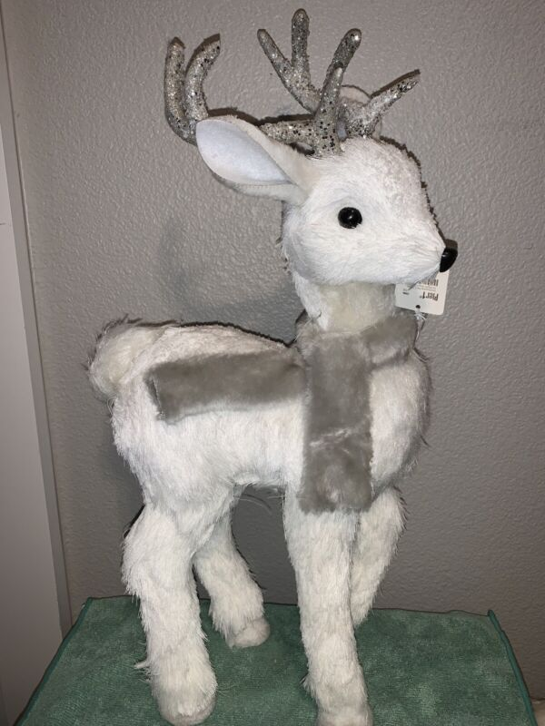 Rare Pier 1 White Christmas Deer With Glitter Antlers & Fur Neck Scarf