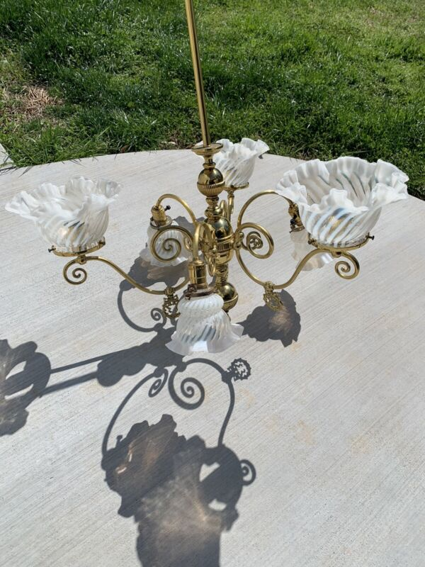 ANTIQUE VINTAGE LARGE ART DECO BRASS CHANDELIER LIGHT FIXTURE Fringed Glass