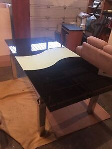 Black Modern Glass 5Ft Table With Rising White 2FT Glass Leaf