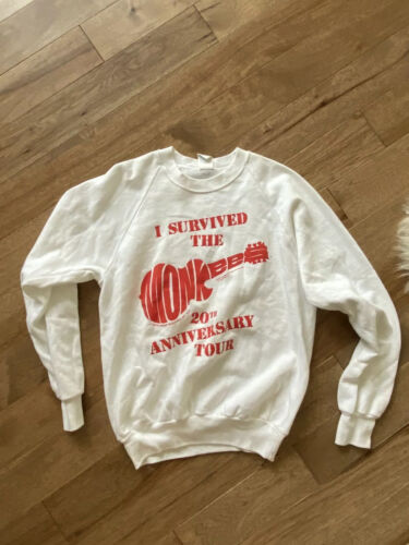 VTG Rock Tee 1986 THE MONKEES ANNIVERSARY TOUR CONCERT Crewneck Sweater Sz L USA - $49.99