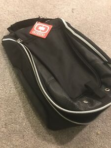 Ogio Shoester Black Golf Shoe Bag - new w/tag