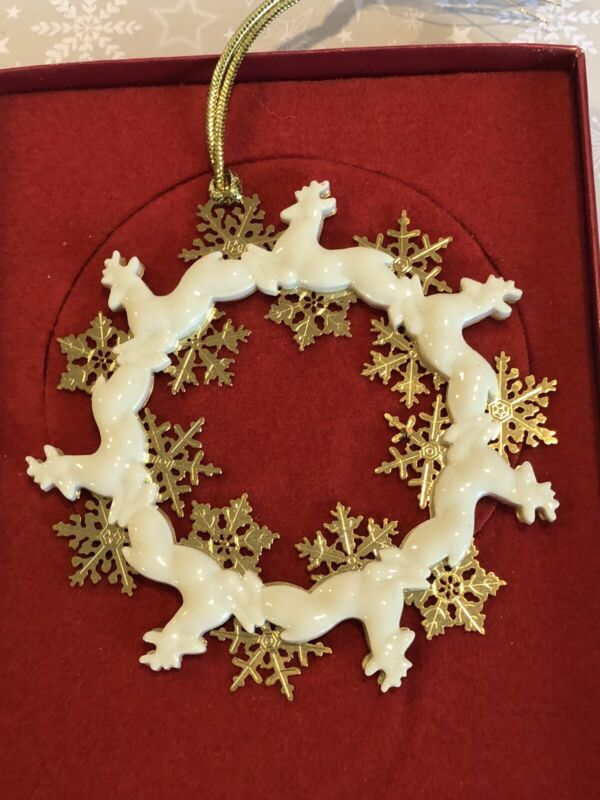 Lenox Christmas Ornament 2000 Reindeer Wreath Ornament 6091516 Porcelain