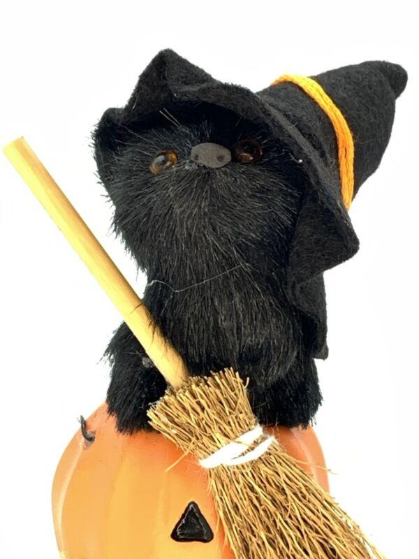Byers Choice Carolers Halloween Black Cat Witch Broom Jack O Lantern Pumpkin