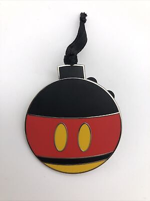 Disney Parks 2020 Advent Calendar Christmas Ornament LR Pin - Mickey Mouse
