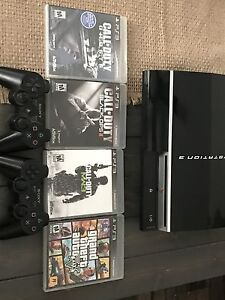 PlayStation 3 / 2 controllers/ games